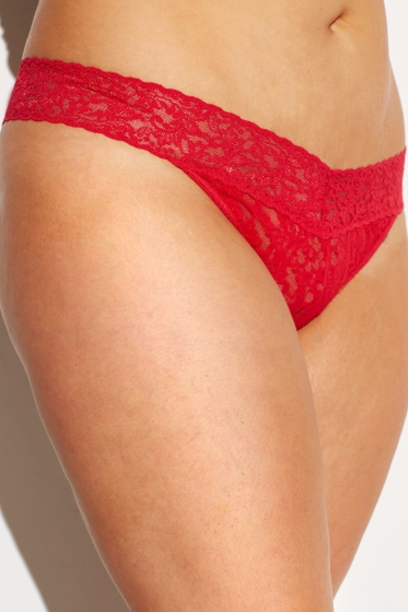 Hanky Panky Red Plus Size Signature Lace Original Rise Thong One Size Fits All
